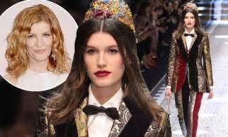 scott russo daughter model rene russo s model daughter riley gilroy walks mfw catwalk