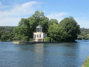 thames river islet temple island river thames 169 peter cc by sa 2 0