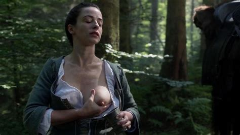 Nude Video Celebs » Laura Donnelly Nude Outlander S01e14