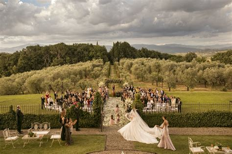 host a destination wedding in tuscany small towns