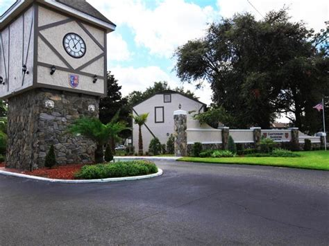 Garden Apartments Meaning Camelot Gardens Jacksonville Fl Apartment Finder