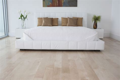 5 Best Bedroom Flooring Materials Bedroom With Parquet Floor