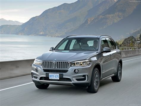 bmw recalls 2014 and 2015 x5 suvs for airbag problems