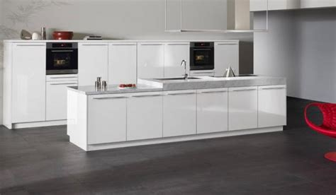 white laminate kitchen cabinets sintesi by snaidero design beijing white gloss laminate