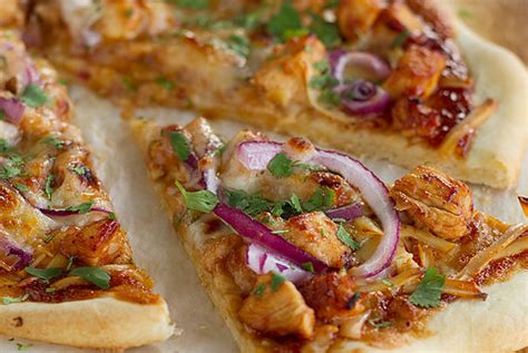 California Pizza Kitchen Bbq Chicken Salad Calories by California Pizza Kitchen Bbq Pizza Copycat Recipe Relish