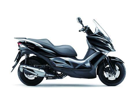 Kawasaki Motorräder 125 by Kawasaki J 125 Motorrad Fotos Motorrad Bilder
