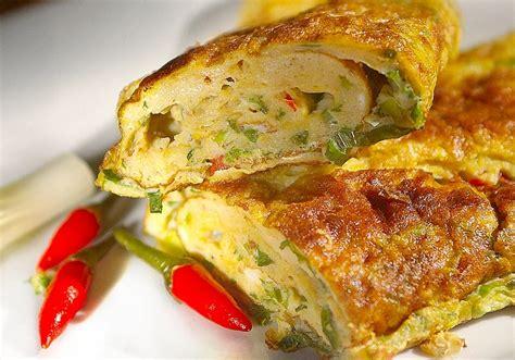 resep membuat martabak telur rumahan resep telur dadar padang tebal enak resep hari ini