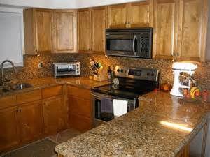 toffee maple kitchen cabinets kraftmaid maple cabinets