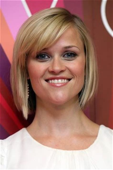 haircuts to soften a big chin 1000 ideas about reese witherspoon chin on pinterest