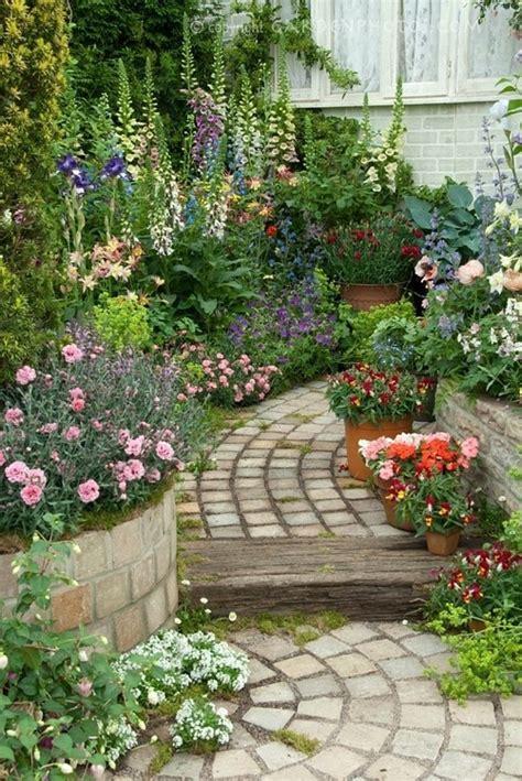 cottage garden paths pictures cottage garden path gardens