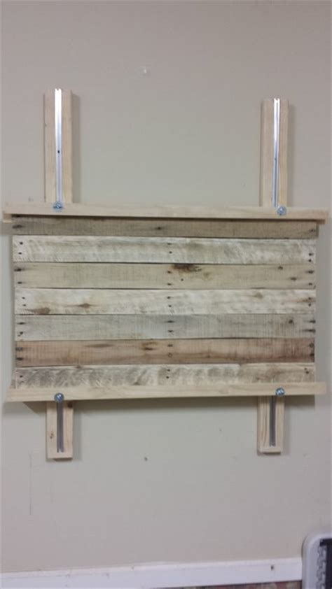 Wall Easel For Wall Mounted Easel For Large Pallet Projects By