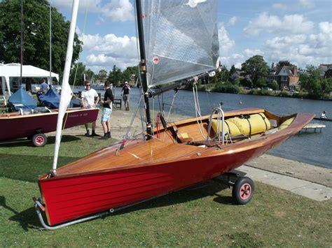 fast wooden boats merlin rocket sailing dinghy wooden boat love