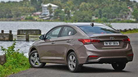 hyundai verna model and price hyundai verna 2018 price mileage reviews