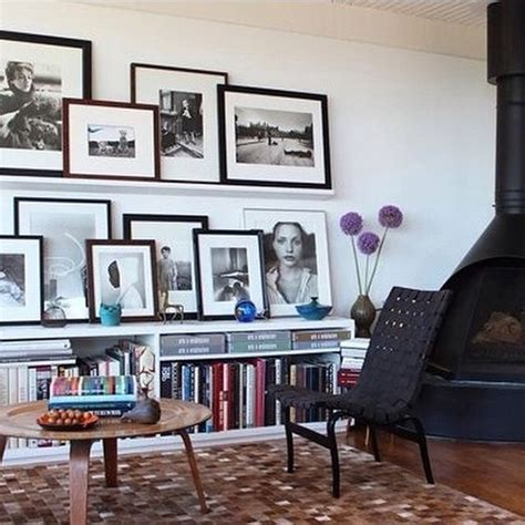 how to gallery wall 28 ideas to create a photo gallery wall on ledges