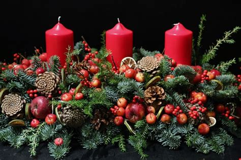 christmas table decorations flowers images