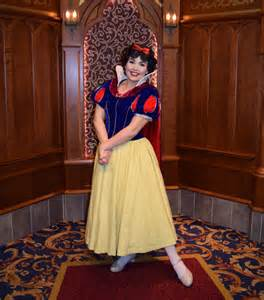 Meeting princesses at disneyland snow white