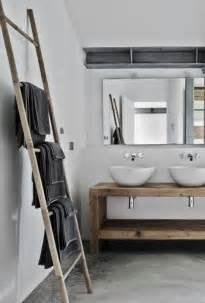 meuble pour serviette salle de bain