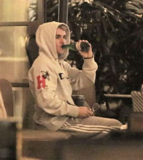 Justin And Getting Cozy by Selena Gomez And Justin Bieber Get Cozy At The Montage