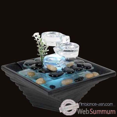 fontaine d int 233 rieur lumineuse dans jardin zen sur