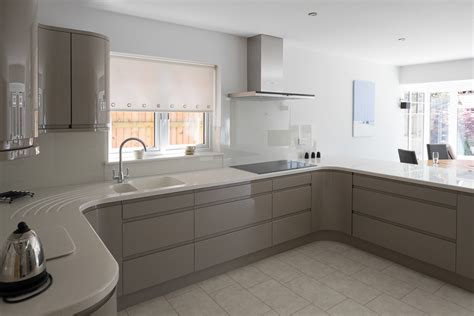 White Dove Kitchen Cabinets by Mr Amp Mrs W Of Cam Dursley Fitted Kitchen Real Projects