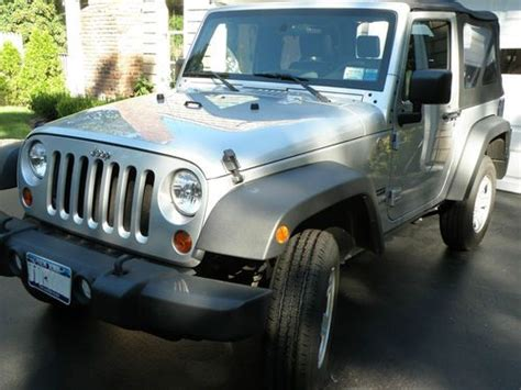 2010 Jeep Wrangler Gas Mileage Sell Used 2010 Jeep Wrangler Sport 2 Door Low Mileage In