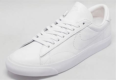 nike all white tennis shoes nike white shoes for