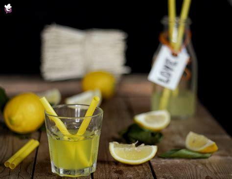 limonata fatta in casa limonata fatta in casa ricetta della nonna