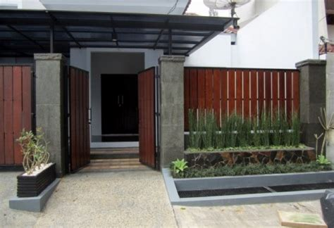 desain rumah lebih rendah dari jalan 9 pagar rumah minimalis teraman dan tercantik