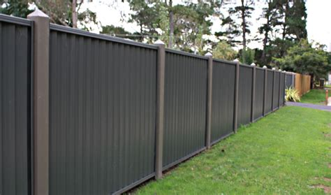 types of backyard fencing different types of yard fences colourbond large 4 jpg