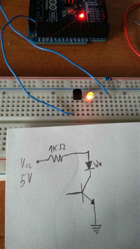npn transistor base voltage led npn transistor collector current flowing to emitter without connecting base electrical