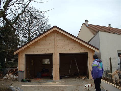Garage House Plans garage pour deux voiture en madriers massif bois