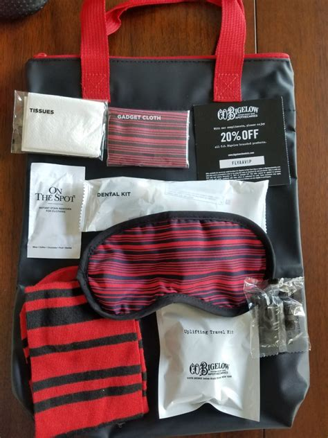 amenity kits    american airlines amenity