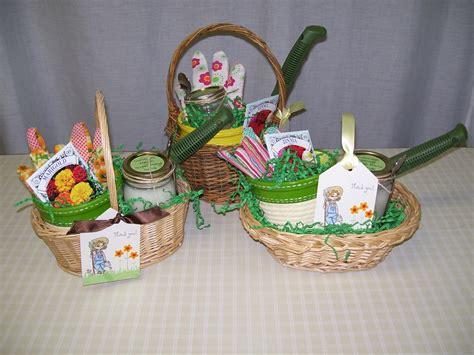 Garden Present Ideas Best Garden Gift Ideas Outdoor Furniture