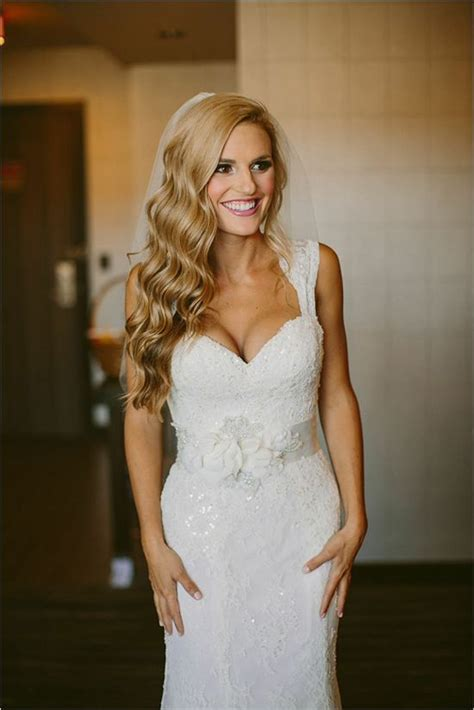 Wedding Hair Images With Veil by Lace Wedding Veils With Hair Www Pixshark