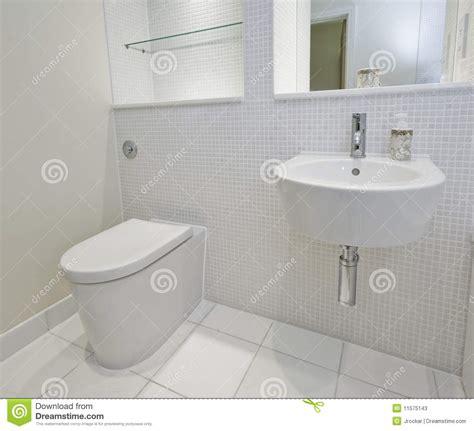 badezimmer mosaikfliesen badezimmer mit mosaikfliesen stockfotos bild 11575143