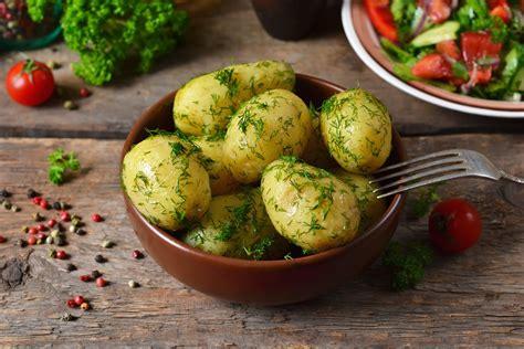 come cucinare le patate bollite patate bollite tempi di cottura valori nutrizionali e