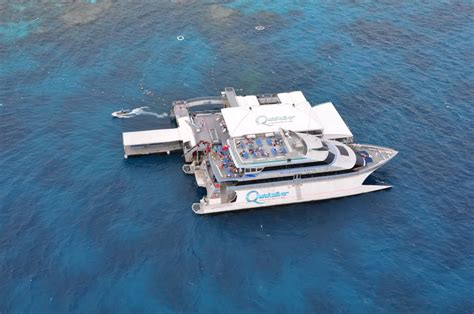 great barrier reef pontoon panoramio photo of quicksilver pontoon great barrier reef