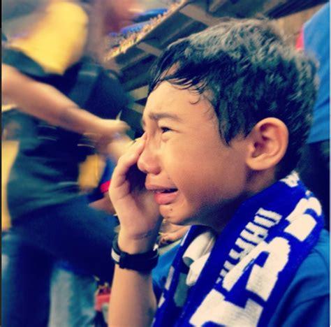 wallpaper anak menangis foto adik ini menangis kerana harimau malaya perihal negara