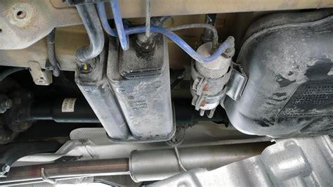 DIY: 2006 BMW X5 3.0i Fuel Filter   Xoutpost.com