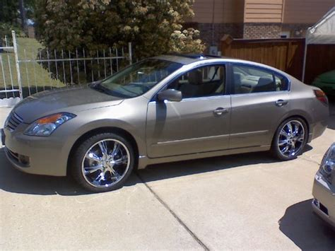 nissan altima 2007 tire size what size tires does a 2008 nissan altima
