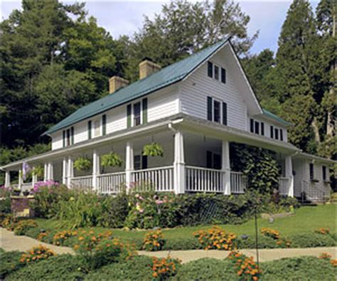 Boone Nc Hotels Cabins by Boone Nc Lodging Guide Boone Nc Accommodations Guide
