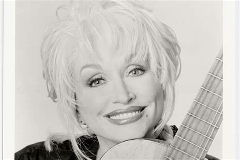 stages   dolly parton concert houstonia