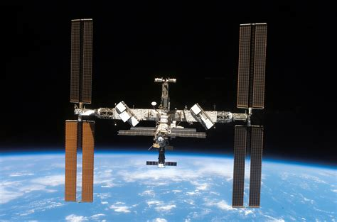 International Lookup International Space Station Is Getting New Hp Printers Fortune