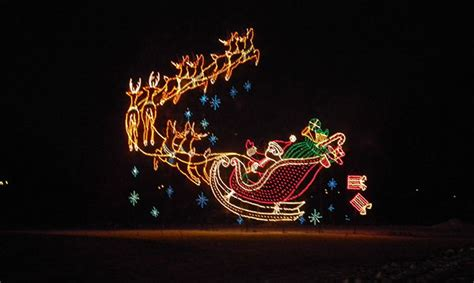 wayne county lightfest holiday light display metro parent