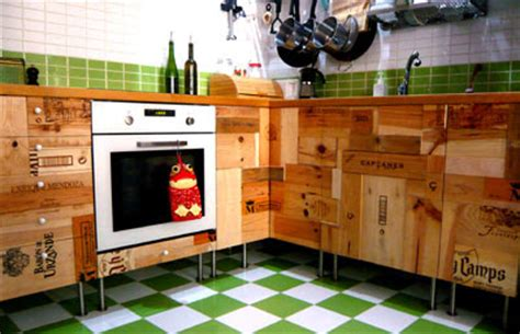 recycle old kitchen cabinets work in progress diy riciclo cassetta del vino