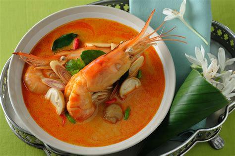 thai dishes thai food for newbies tom yum bangkok has you