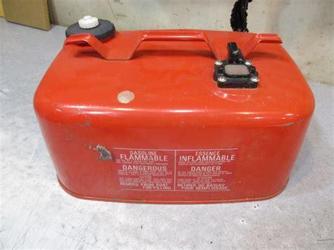 3 gallon boat gas tank fg24b nissan boat outboard marine fuel gas tank 6 gallon