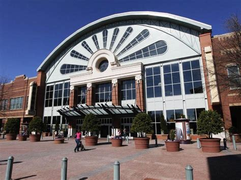 mall of georgia to extend hours for tax free weekend