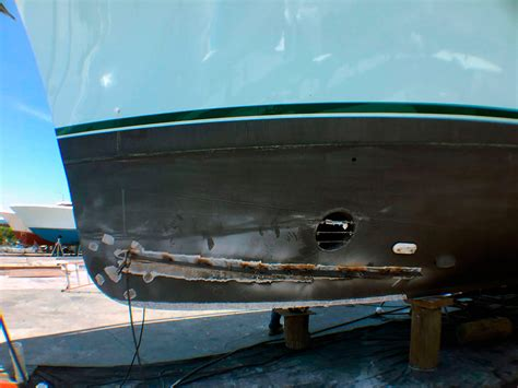 yacht hull refit job in fort lauderdale by dolfab metal - Yacht Jobs Fort Lauderdale
