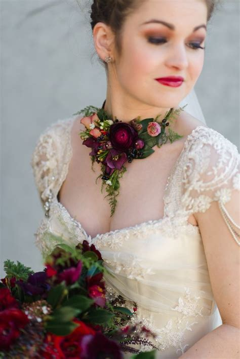 Fresh Bridal Flowers by Fresh Flower Necklace Becomse Of Every